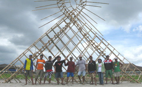 "Tanya Preminger and her team building  ""Air Loop"" The Phillippines"