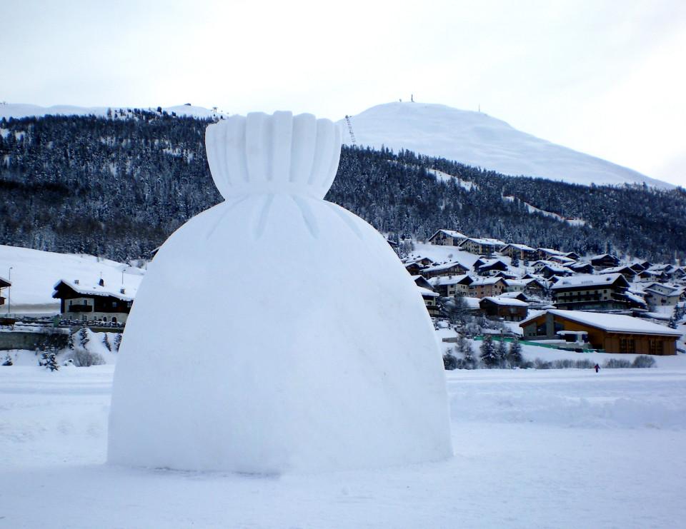 """""""Present of Winter"""",2008 Livigno, Italy"""