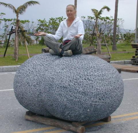 """Primary Segmentation""-2006.  Black Marble.  100 x 150 x 200 cm.  Hualien, Taiwan."