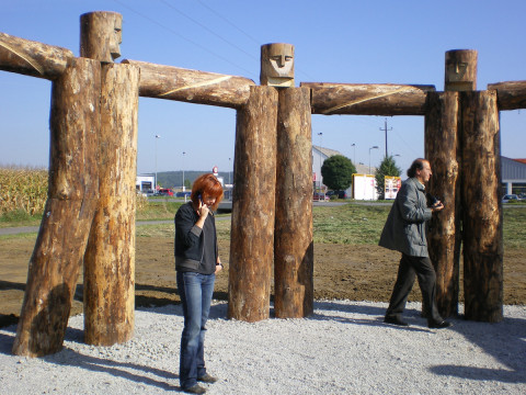 """Woodhenge"",2007,Wood,iron Height 320 Diameter 1100 cm Furstenfeld, Austria"